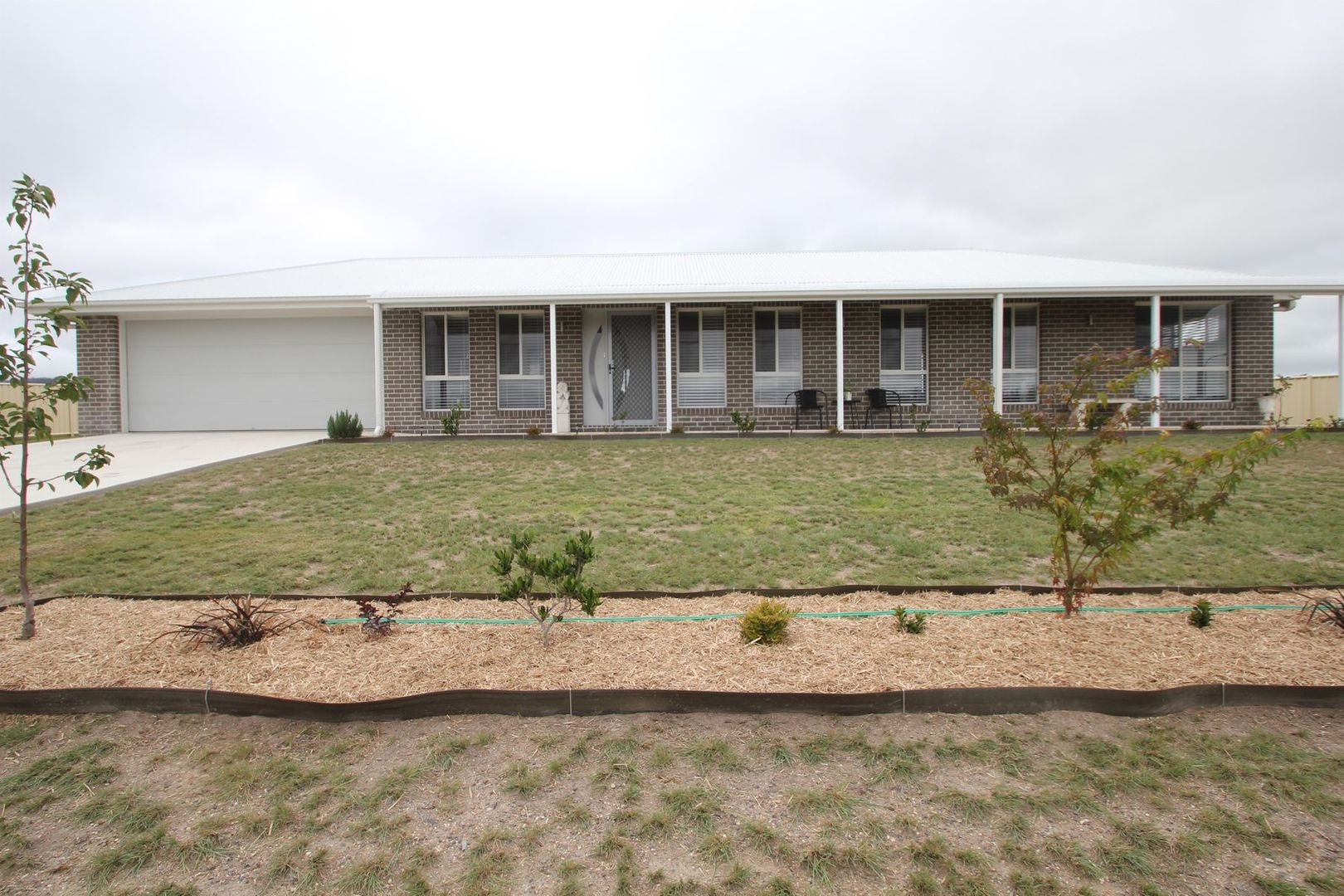 12 Parkes Drive, Tenterfield NSW 2372, Image 0