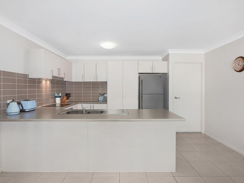 4 Sinclair Crescent, Wyong NSW 2259, Image 1