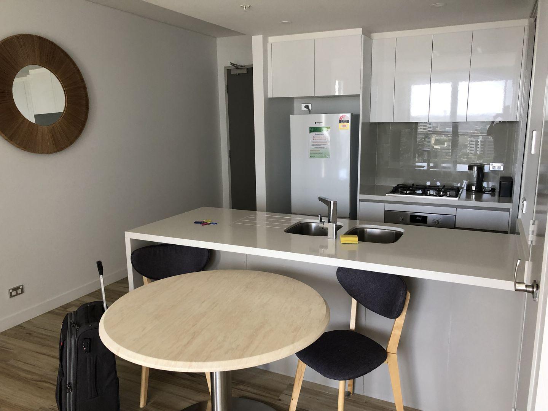 2 Como Crescent, Southport QLD 4215, Image 2