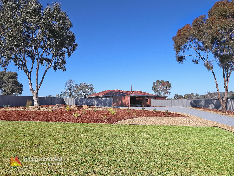 100 Lakehaven Drive, Lake Albert NSW 2650, Image 1