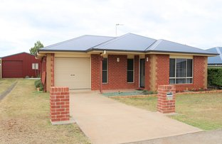 Picture of 49 Berghofer Drive, Oakey QLD 4401