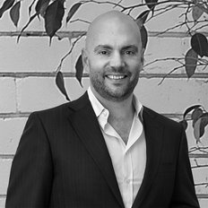 Tasman Fallshaw, Sales representative