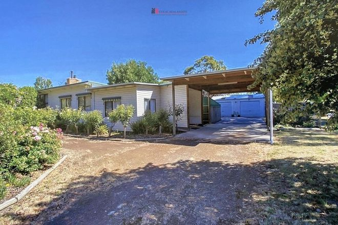 Picture of 1 Murrock Street, SIMPSON VIC 3266