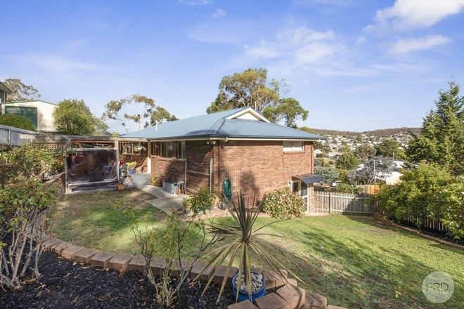 Picture of 94 Flagstaff Gully Road, LINDISFARNE TAS 7015