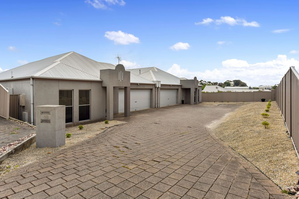 Unit 1 & 2 18 Lee Court, Mount Gambier SA 5290, Image 2