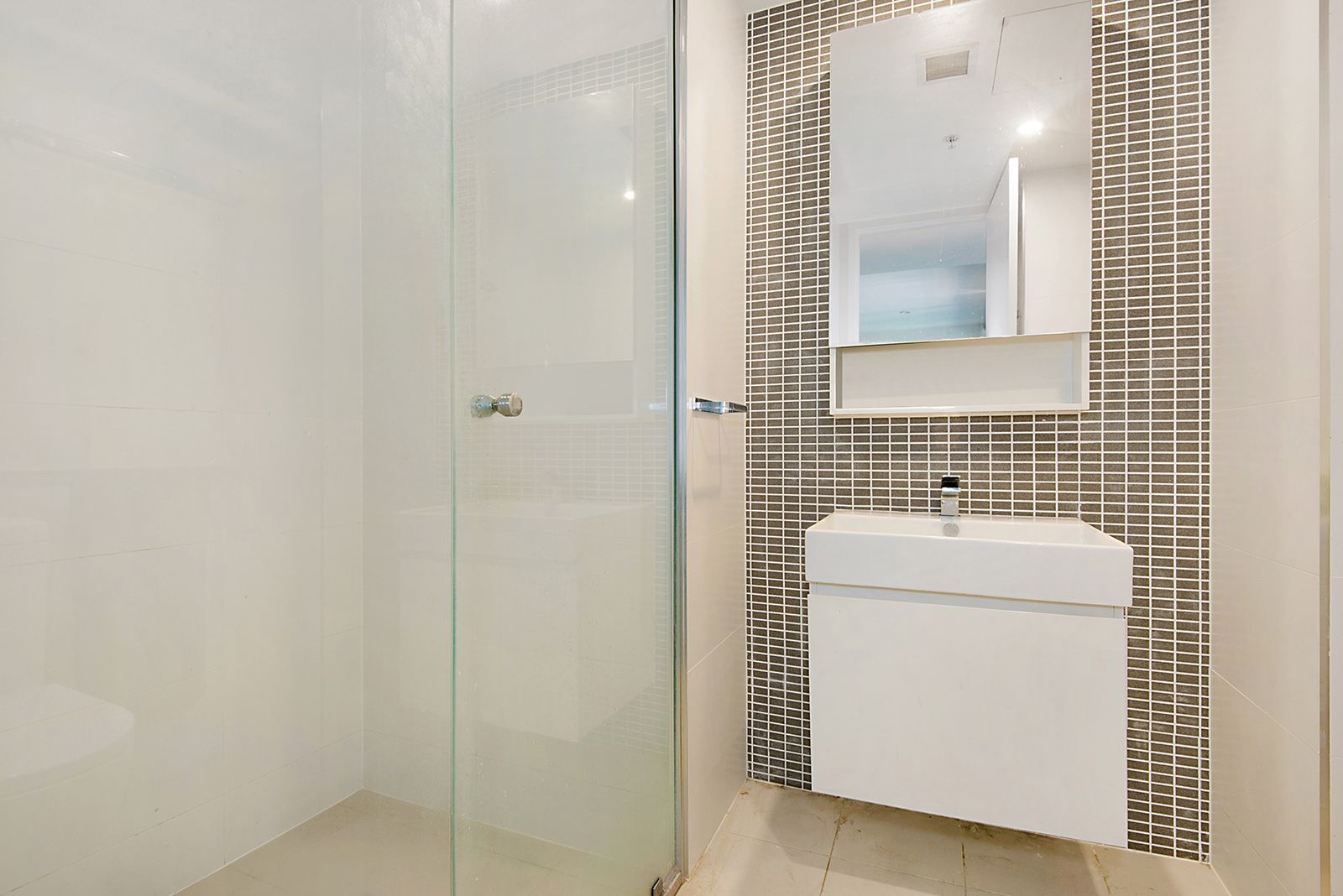 511/50 Hudson Rd, Albion QLD 4010, Image 1