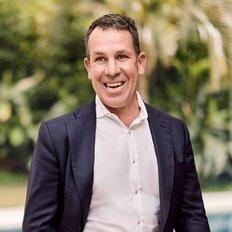 Piers van Hamburg, Sales representative
