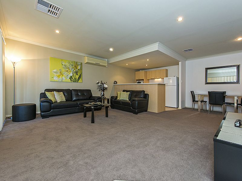 5/14 Waterloo Crescent, East Perth WA 6004, Image 0