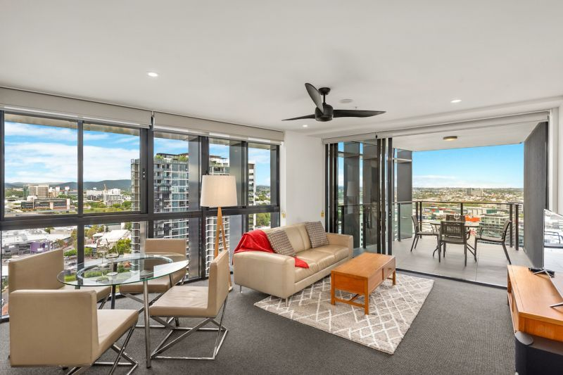 2201/30 Festival Place, Newstead QLD 4006, Image 1