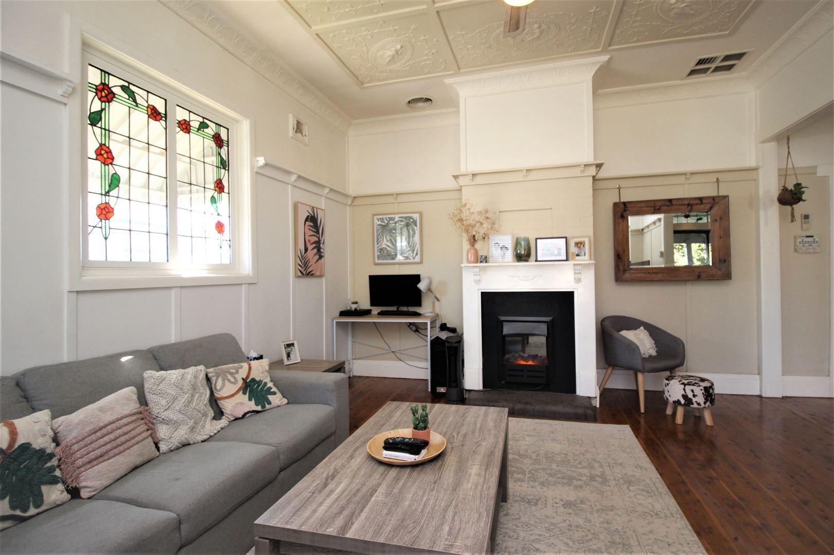 25 Bapaume Street, Cootamundra NSW 2590, Image 1