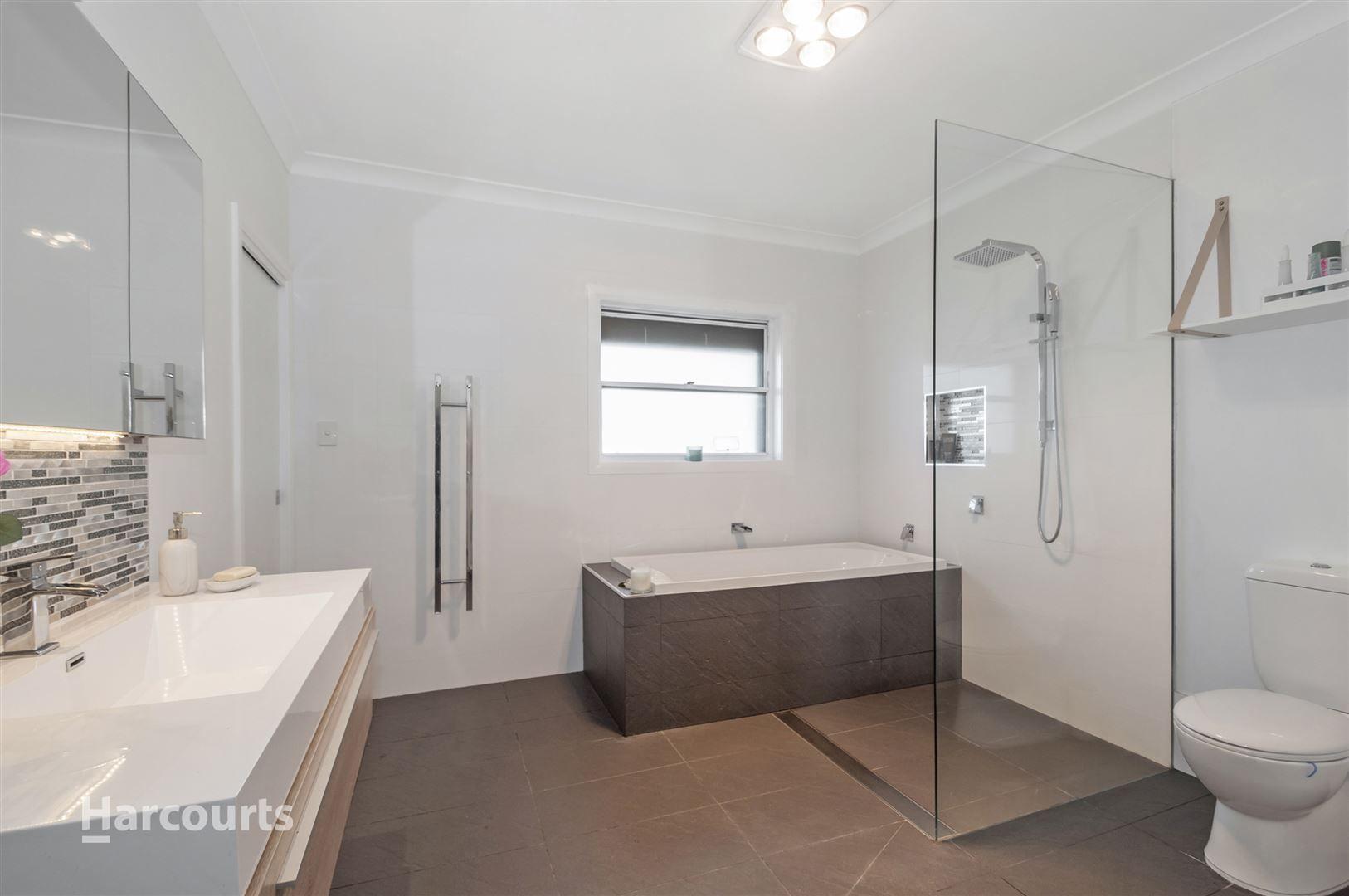 32 Holman Street, Port Kembla NSW 2505, Image 1