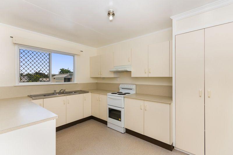 42 Canara Street, Cranbrook QLD 4814, Image 2