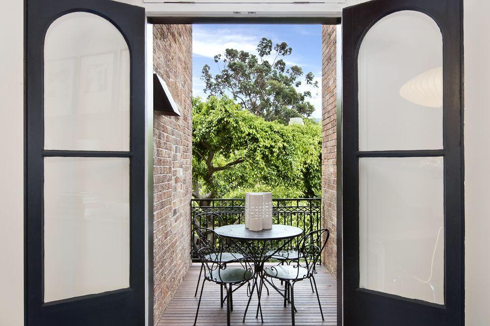 64 Glenmore Road, Paddington NSW 2021, Image 2