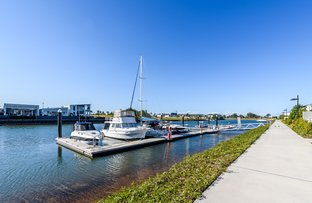 Picture of 26 Waters Close, Hope Island QLD 4212
