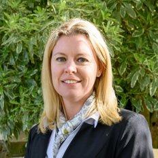 Sara Jarmaine, Sales representative