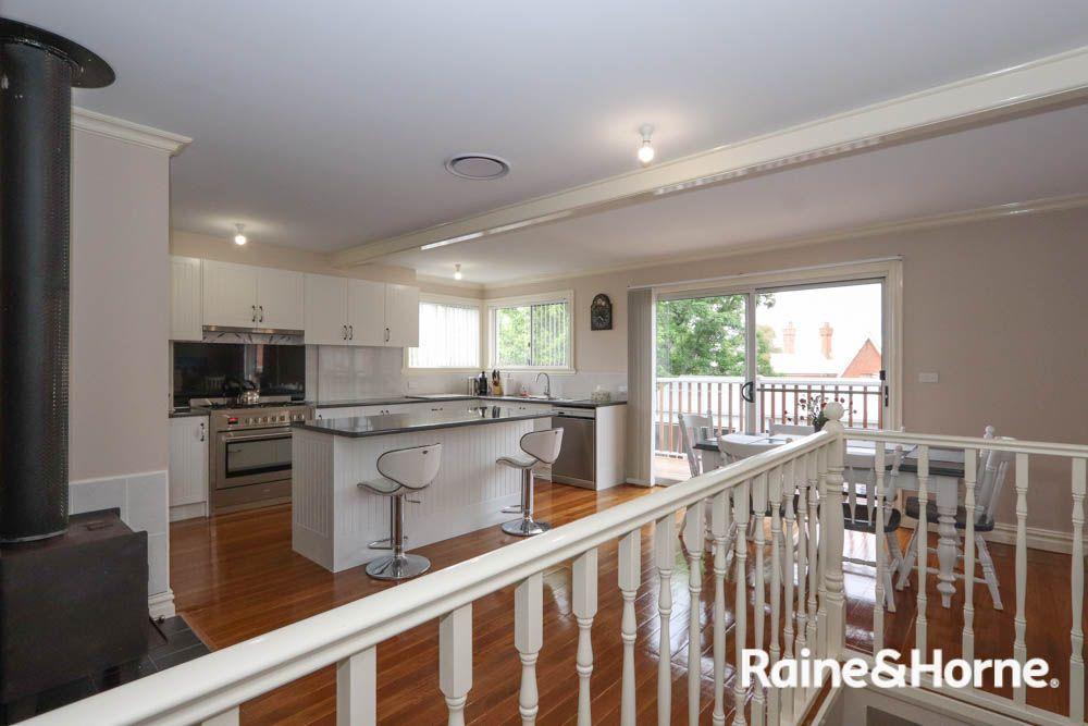 399 Russell Street, West Bathurst NSW 2795, Image 2