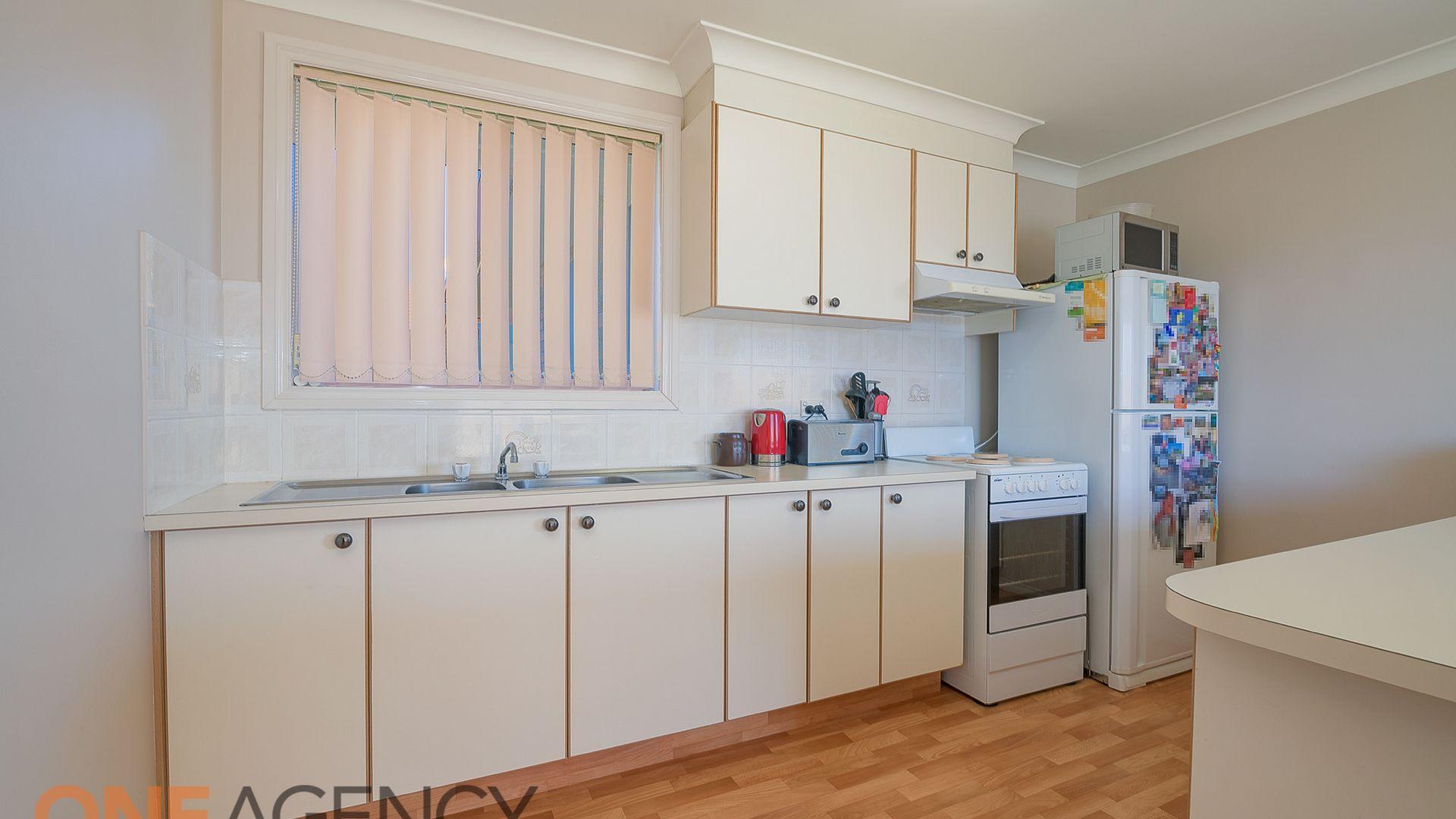 6 Angus Place, Orange NSW 2800, Image 1