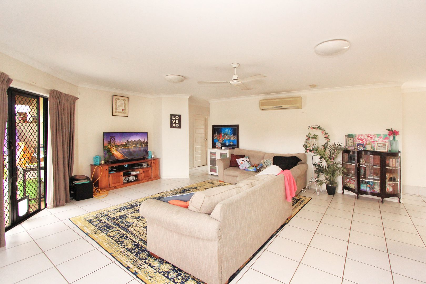 11 Pintail Court, Bohle Plains QLD 4817, Image 2