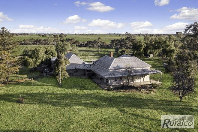 Picture of 383 Brays Road, COHUNA VIC 3568