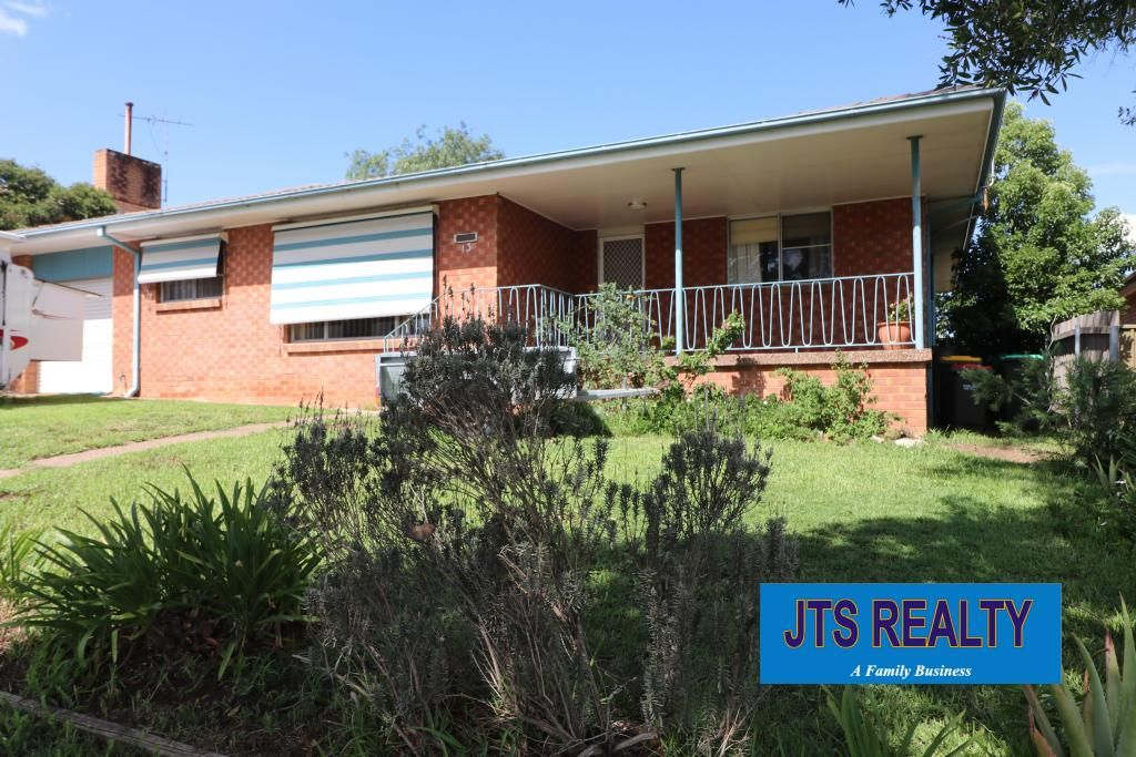 13 Barrington Street, Muswellbrook NSW 2333, Image 0