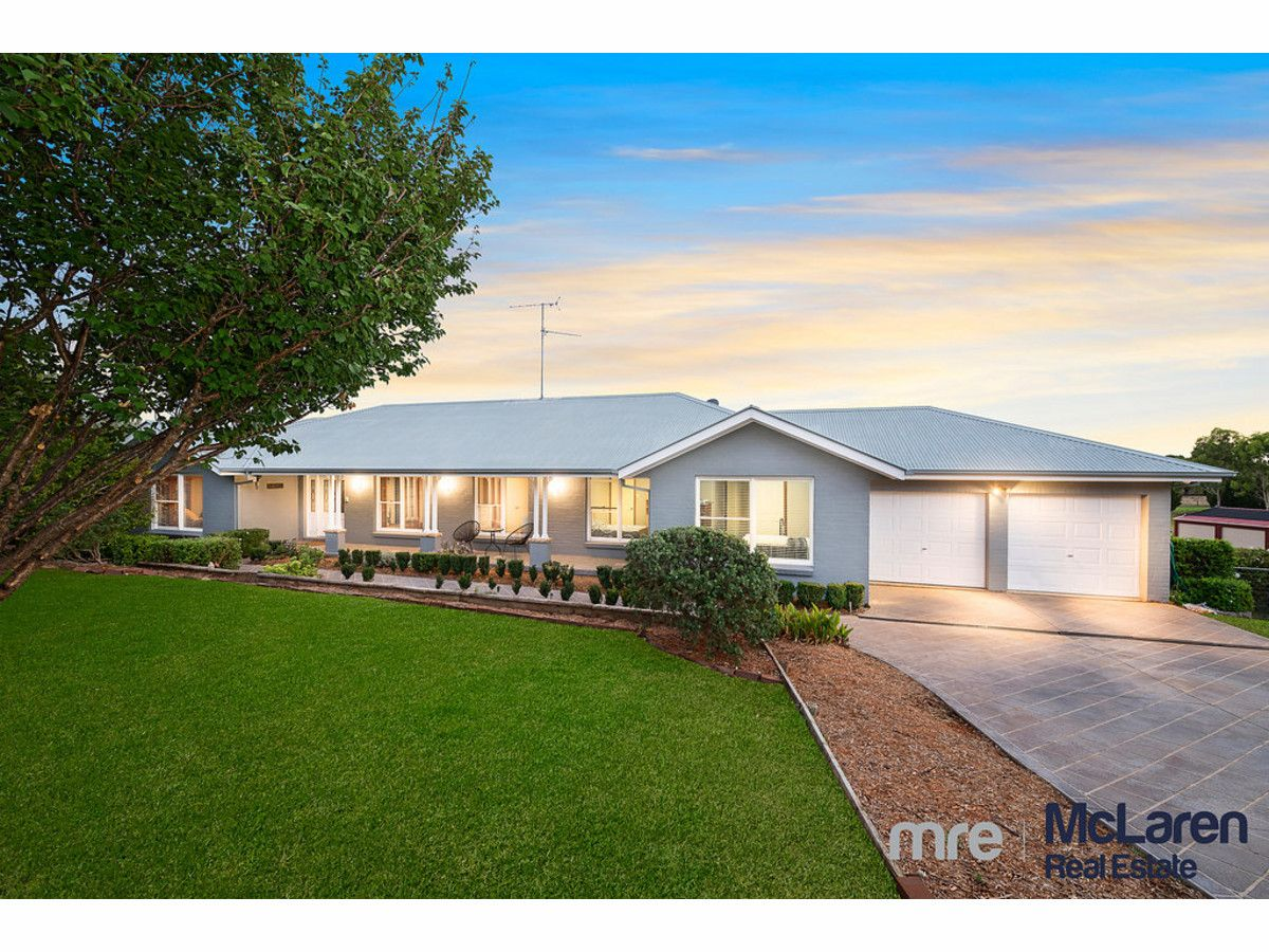 22 The Outlook, Kirkham NSW 2570, Image 0