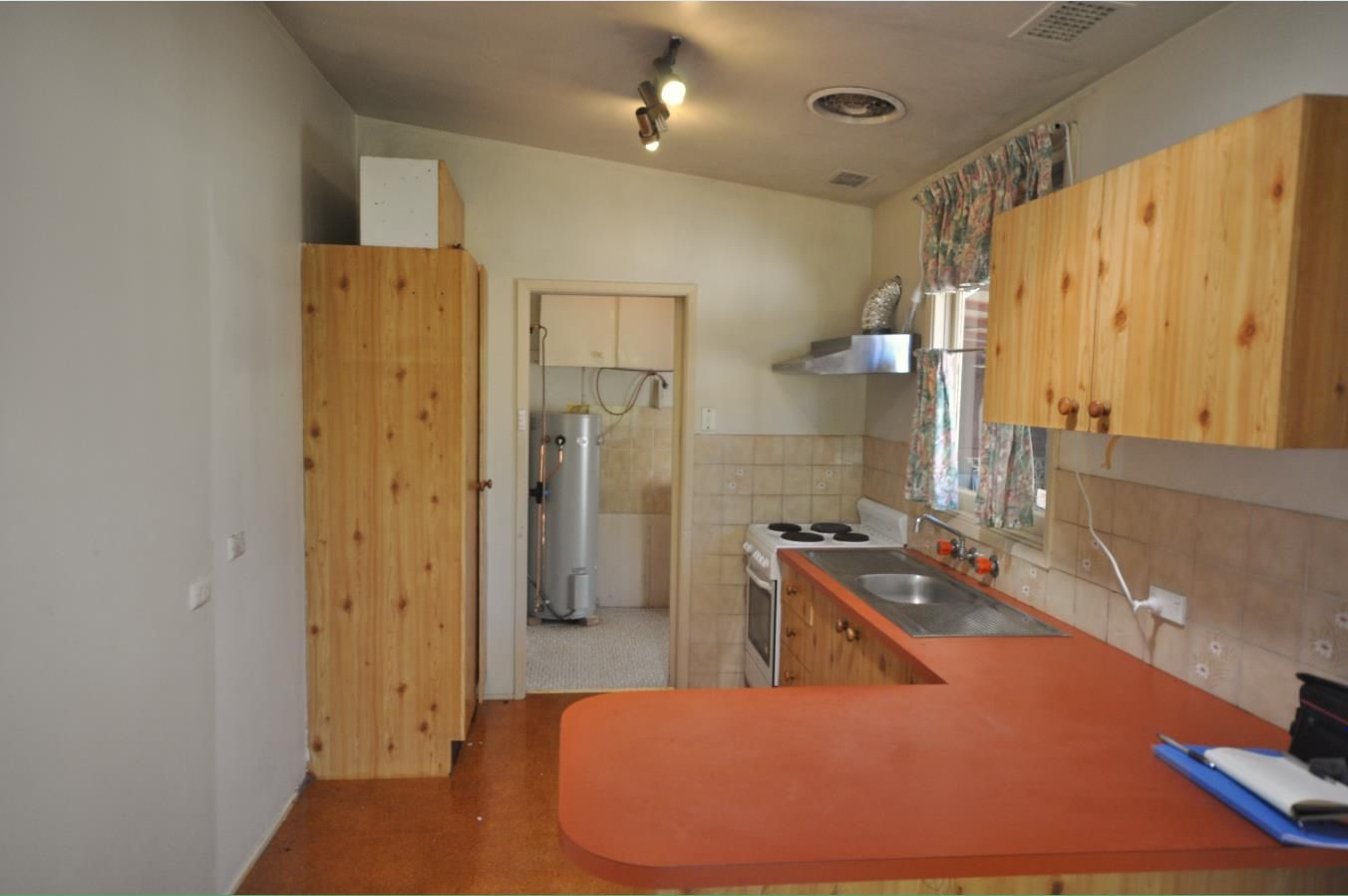 18 Denver Place, Toongabbie NSW 2146, Image 2