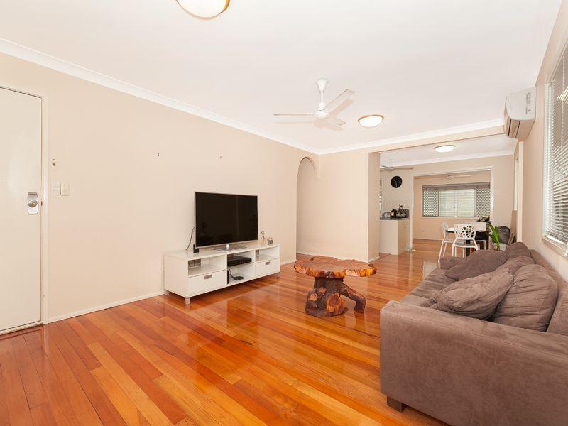 54 Lomatia Street, Everton Hills QLD 4053, Image 1