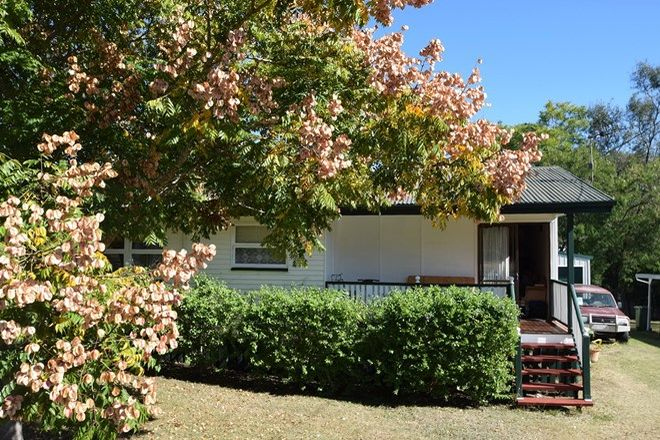 Picture of 75 Middle Street, ESK QLD 4312