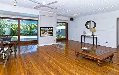 30 Pine Avenue, Surfers Paradise QLD 4217, Image 2