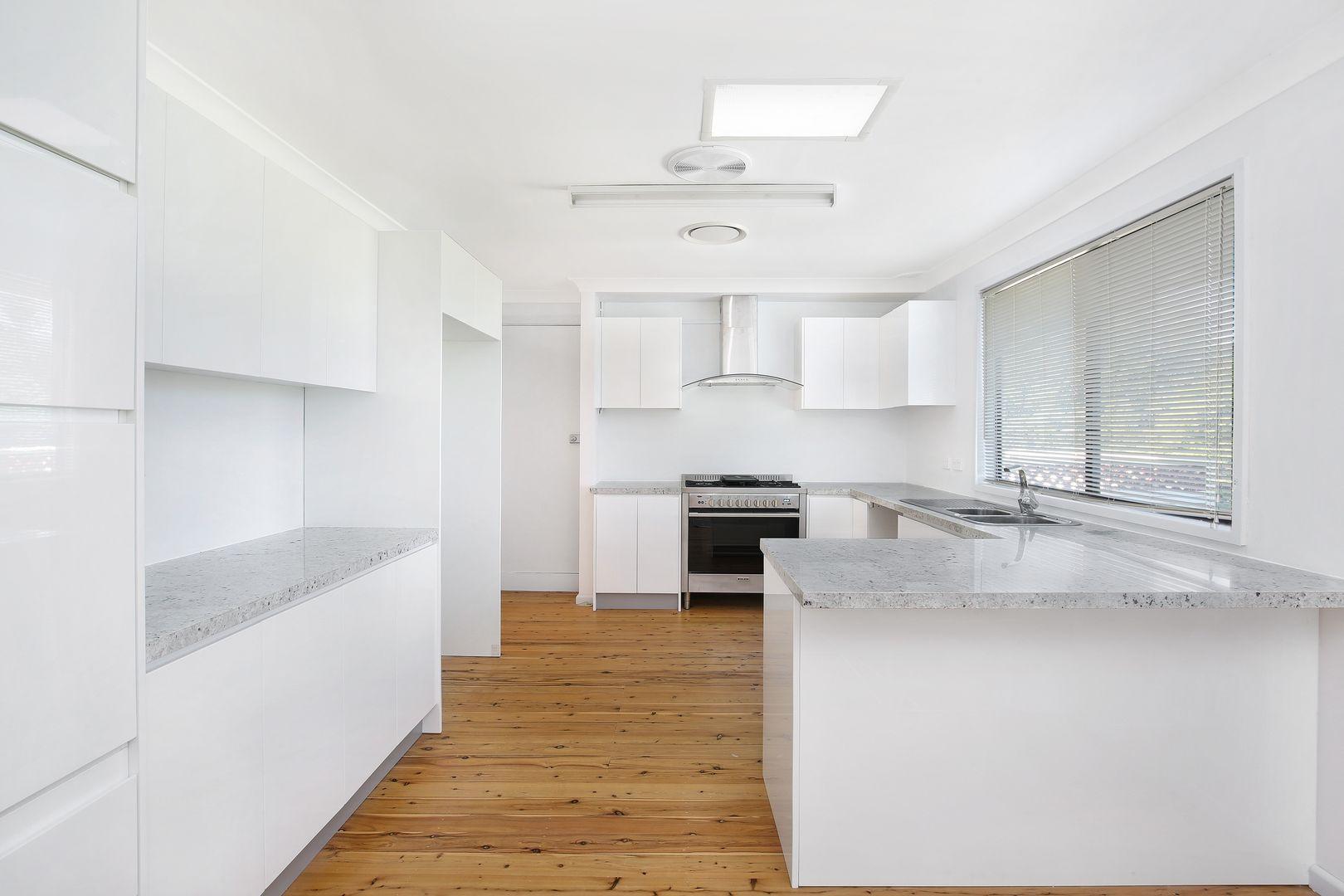 7 Bruce Street, Unanderra NSW 2526, Image 1