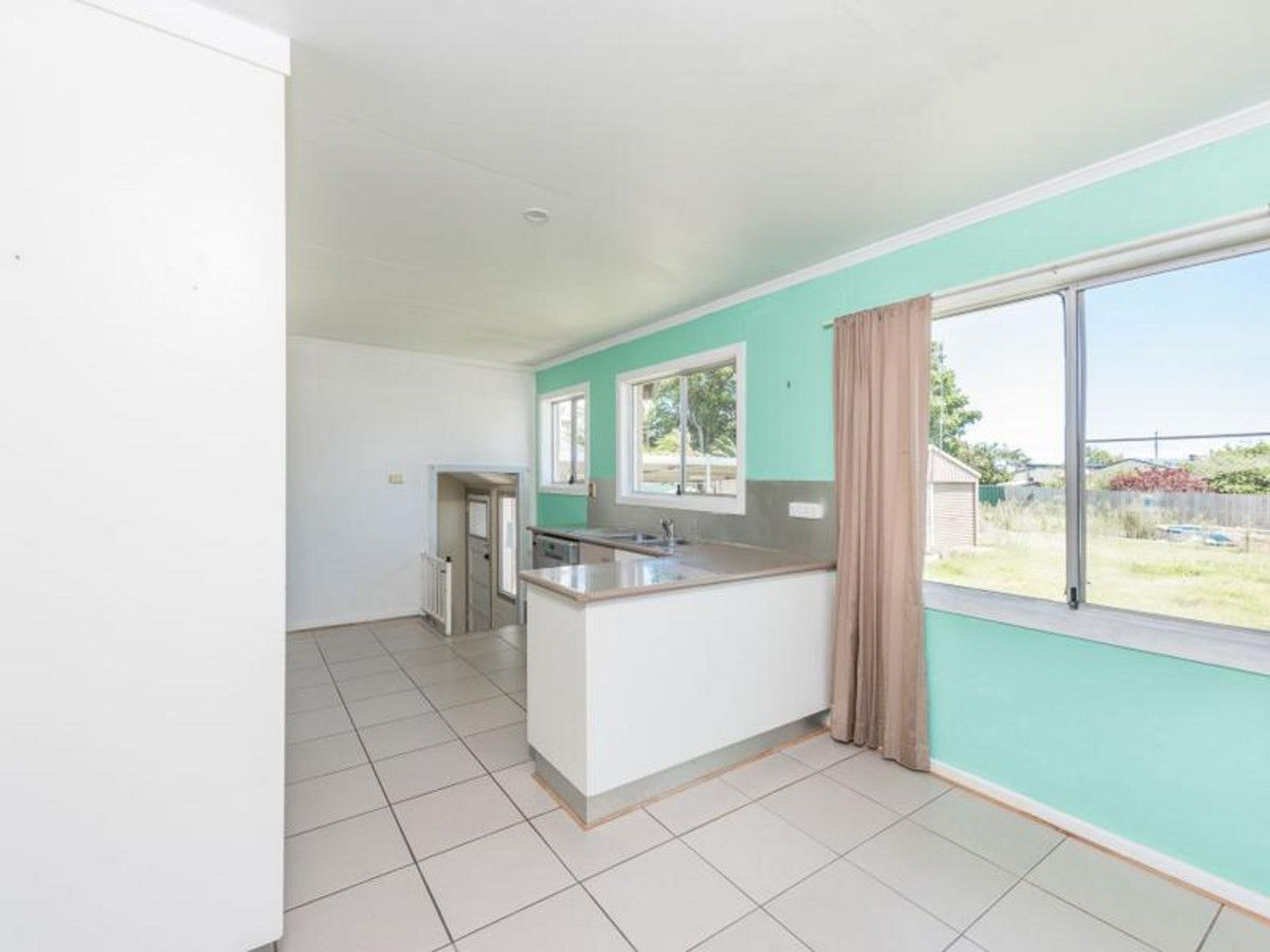 92 Dr Mays Road, Svensson Heights QLD 4670, Image 2