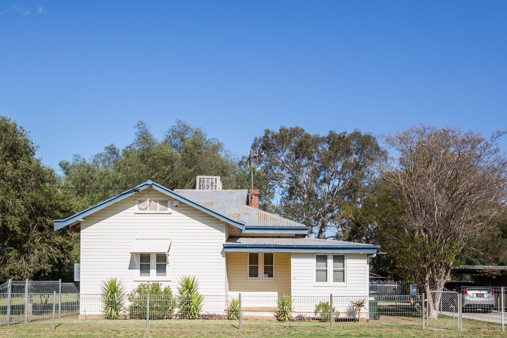 117 Miller St, Gilgandra NSW 2827, Image 0