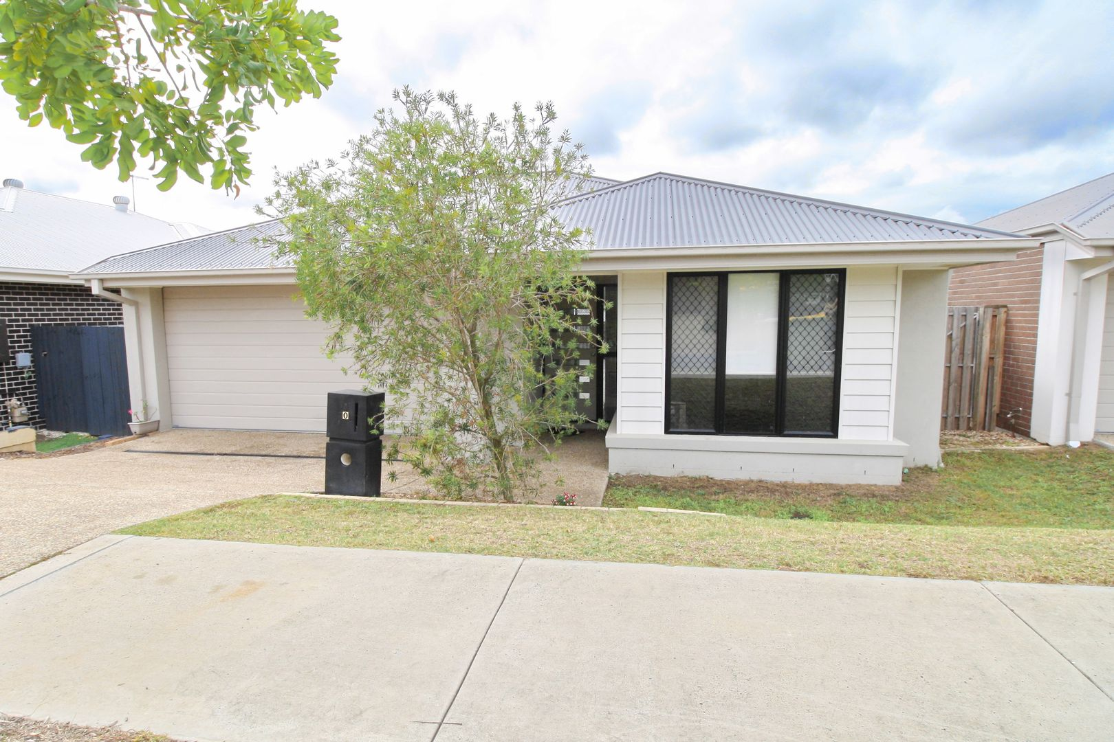 10 Pleasant St, South Ripley QLD 4306, Image 0