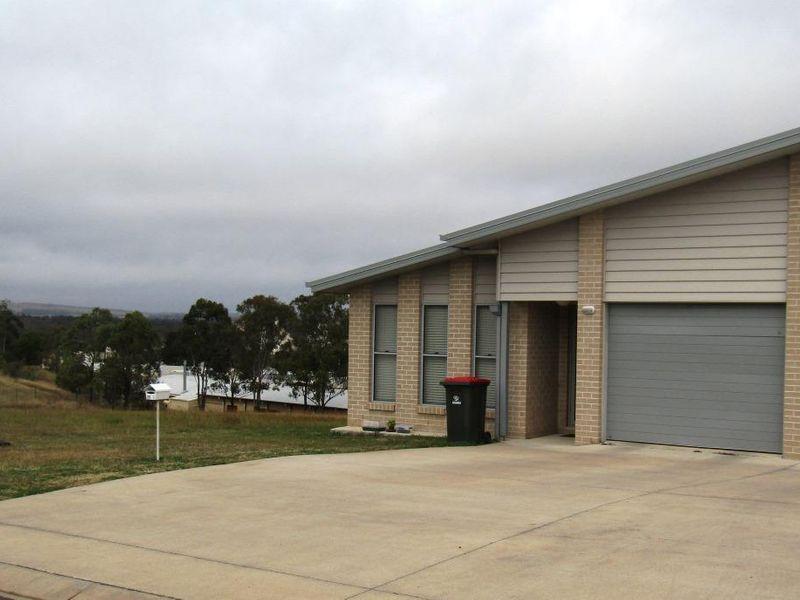 1/70 Banksia Drive, Kingaroy QLD 4610, Image 0