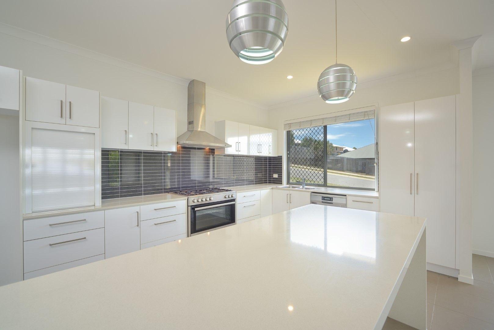 22 Grasstree Crescent, Kirkwood QLD 4680, Image 2