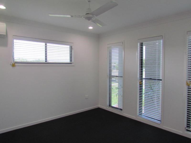 11 Primavera Boulevard, Beaconsfield QLD 4740, Image 1