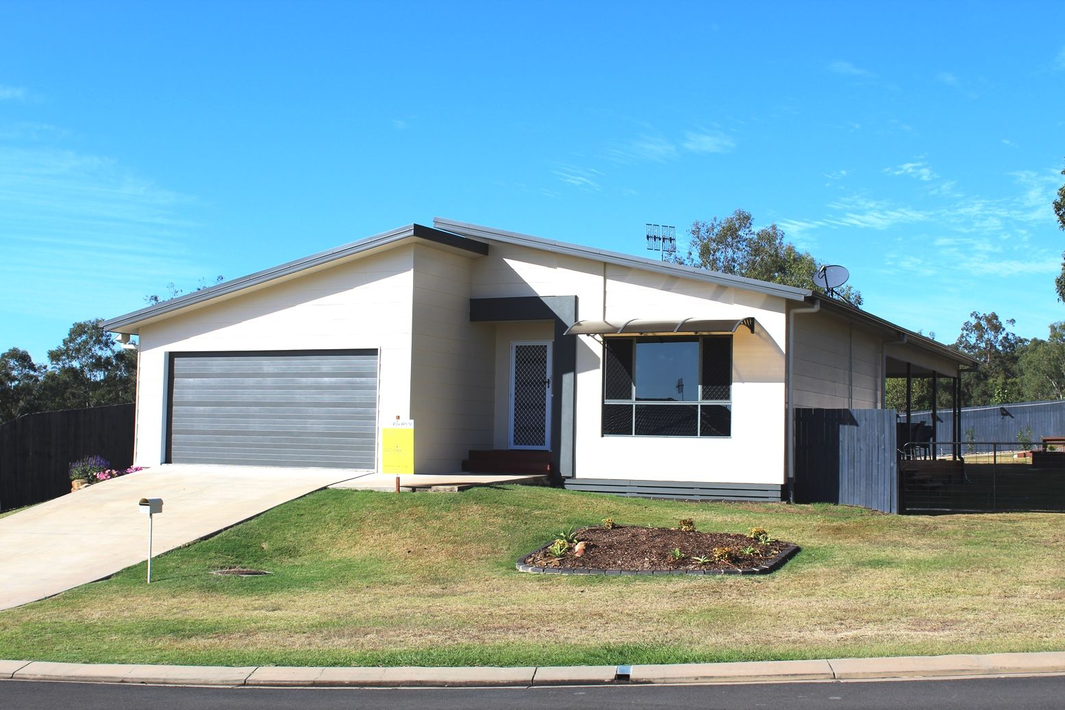 17 Jelica Place, Esk QLD 4312