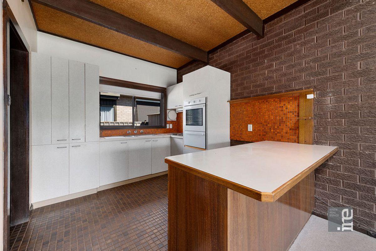 2/4 Caraselle Avenue, Wangaratta VIC 3677, Image 1