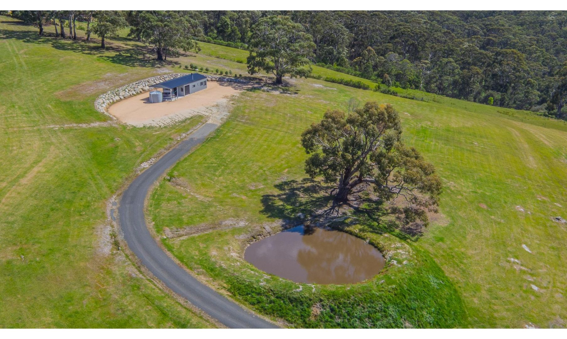 213 Binalong Bay Road, St Helens TAS 7216, Image 2