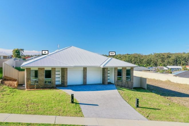 Picture of 35 & 35A Wagtail Crescent, BATEHAVEN NSW 2536
