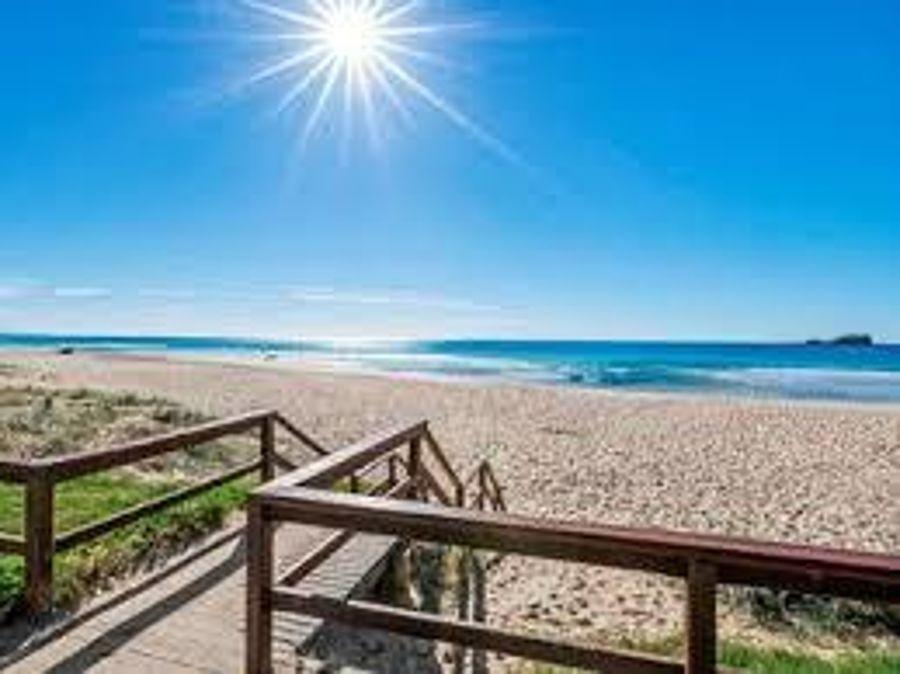 2/6 Moomba Street, Pacific Paradise QLD 4564, Image 0