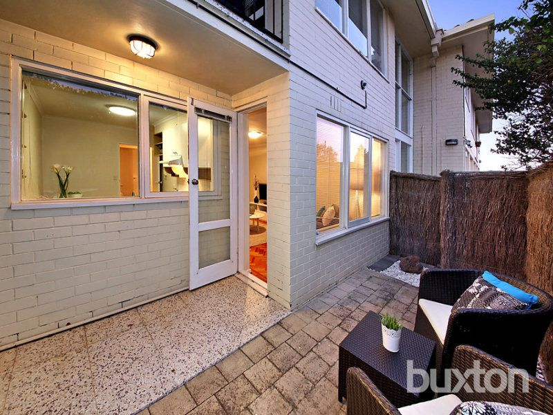 5/5 Walsh Street, Ormond VIC 3204, Image 2