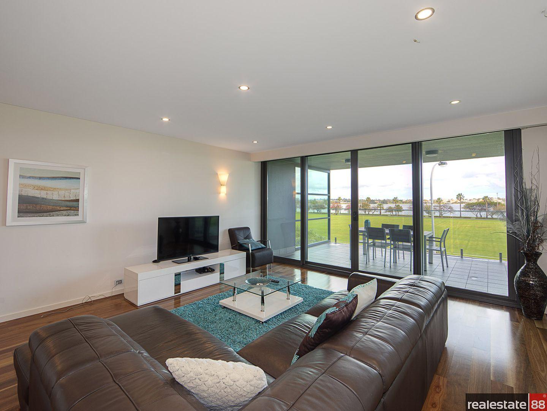 11/90 Terrace Road, East Perth WA 6004, Image 2
