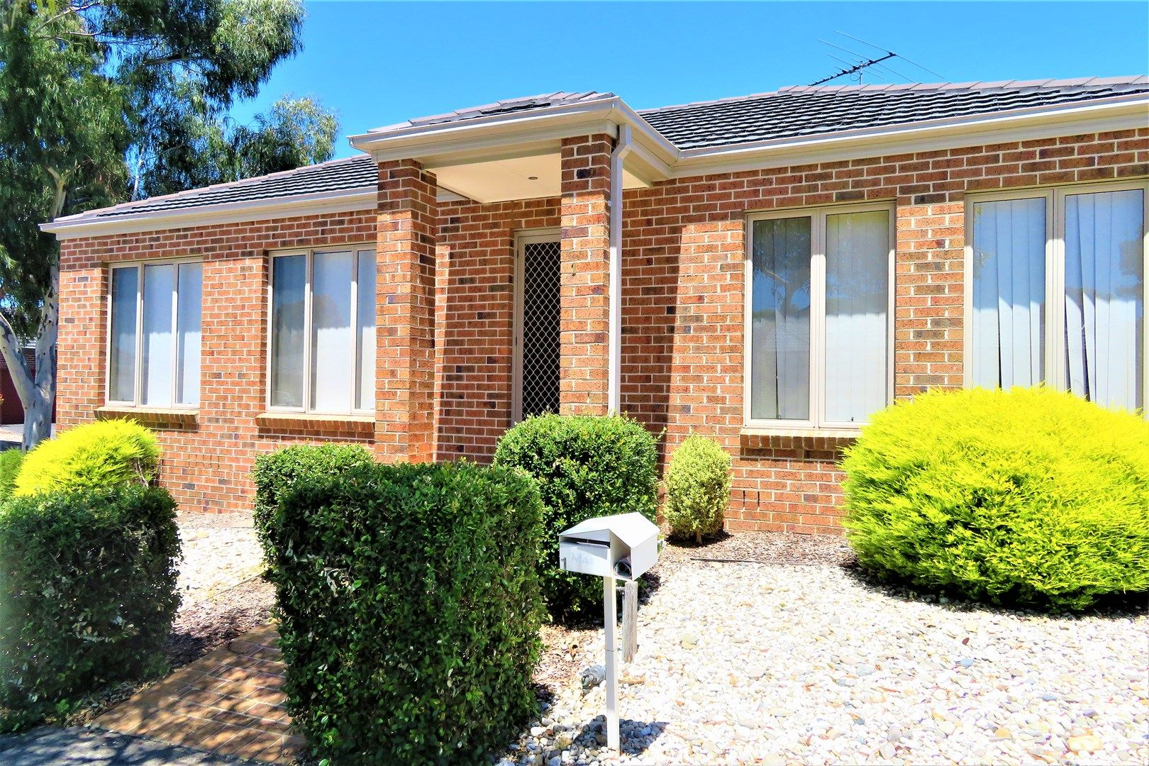 1 Jindabyne Avenue, South Morang VIC 3752, Image 0