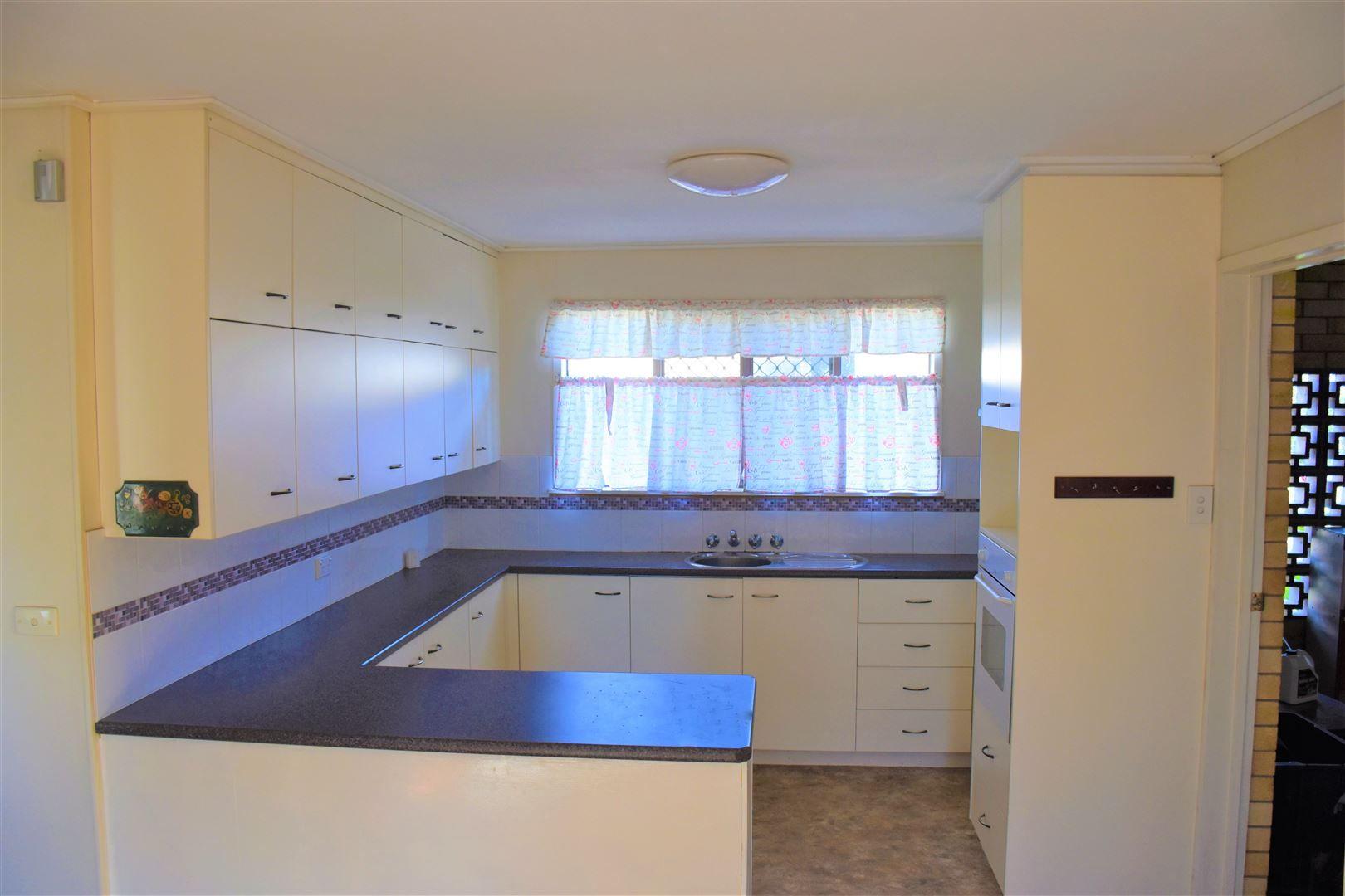 11 Herbert Street, Allora QLD 4362, Image 1