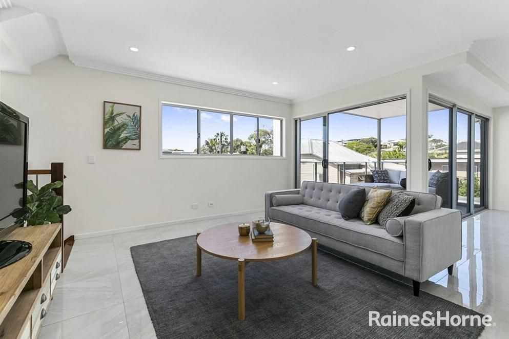 2/81 Riding Road, Hawthorne QLD 4171, Image 2