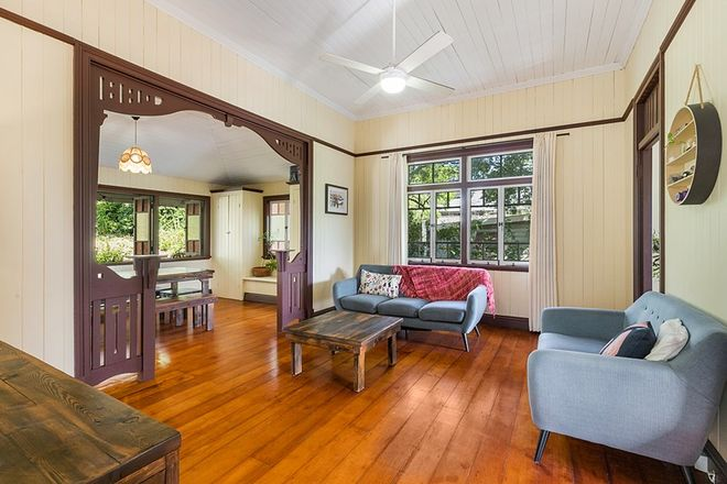 Picture of 15 Victoria Crescent, TOOWONG QLD 4066