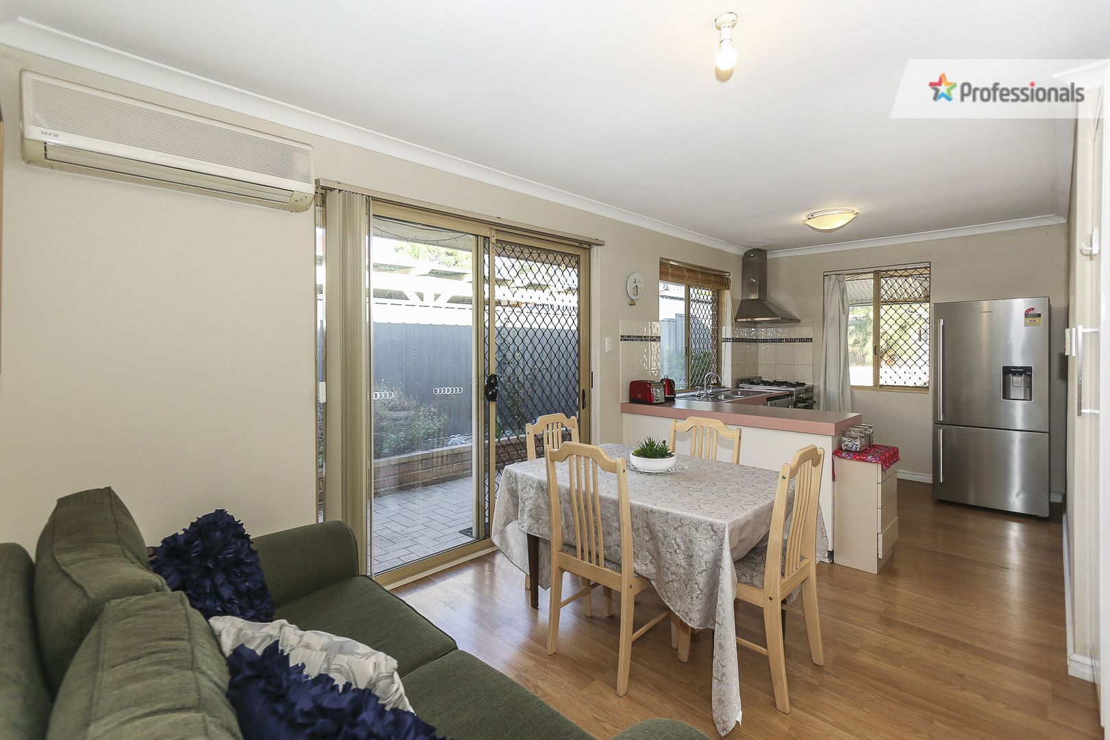 34 Lewis Jones Cross, Stratton WA 6056, Image 2