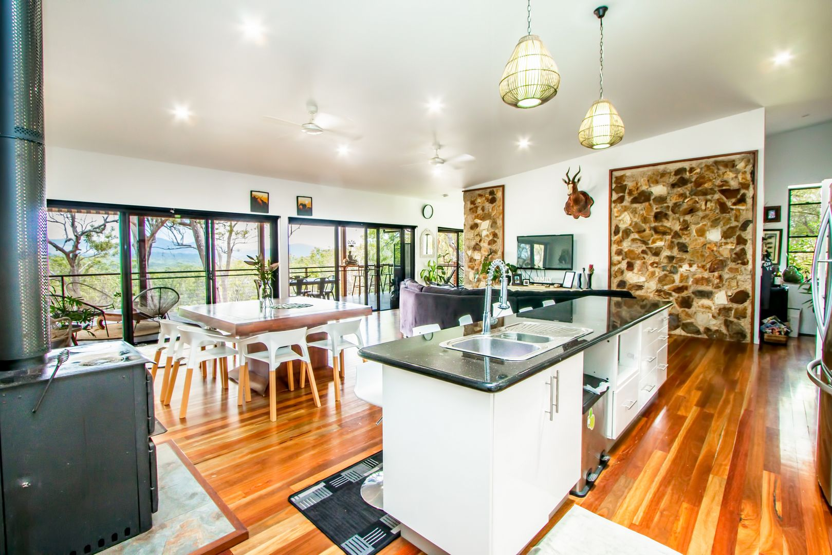412 Bootmaker Drive, Agnes Water QLD 4677, Image 0