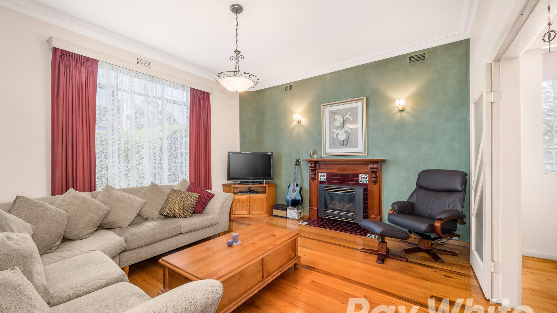 237 Greensborough Road, MacLeod VIC 3085, Image 2